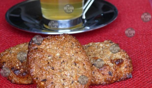 Νηστίσιμα μπισκότα με ταχίνι, από την Ελευθερία Μπουτζά και το «Μαγειρεύοντας με την L»!