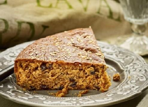 Μελαχρινό: Το πιο νόστιμο, νηστίσιμο και αρωματικό κέικ (με πετιμέζι), από την Σιμόνη Καφίρη και το olivemagazine.gr!