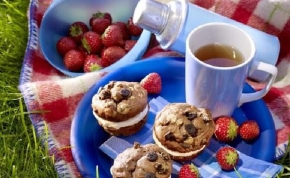 Σοκολατένια Muffins με κρέμα, από τα δημητριακά Kölln και το kolln.gr!