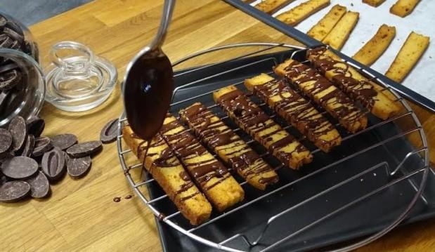 Παξιμαδάκια με σοκολάτα (χωρίς ζάχαρη και γλουτένη), από την Αργυρώ μας και το argiro.gr!