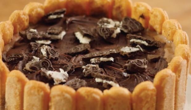 Η πιο σοκολατένια τούρτα παγωτό, από τον Τάσο Αντωνίου και το nestlenoiazomai.gr!