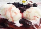 Βυσσινόφετες με τσουρέκι και παγωτό καϊμάκι, από την Μυρσίνη Λαμπράκη και το mirsini.gr!