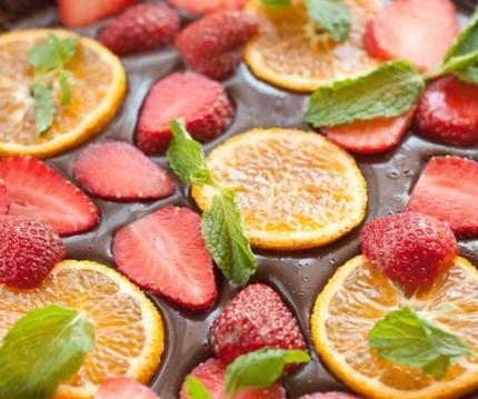 Τάρτα σοκολάτας με φρέσκα φρούτα, από την εξαιρετική Ιωάννα Σταμούλου και το Olivemagazine.gr!
