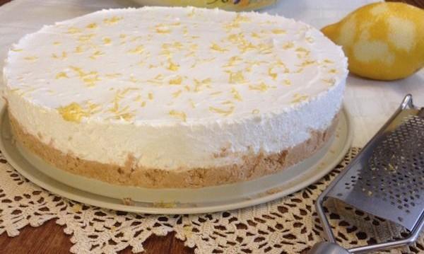 Cheesecake με ζελέ (εύκολο , γρήγορο και υπέροχο), από την Μπέττυ μας και το «Taste of life by Betty»!