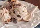 Frozen yogurt με μέλι, καρύδια και σοκολάτα, από το sintayes.gr!