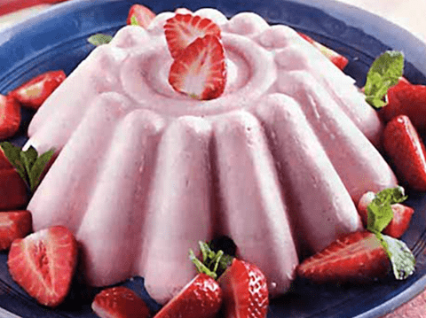 Δροσερή πουτίγκα φράουλας, από την «Αλλατίνη – Η Χαρά της Δημιουργίας»!