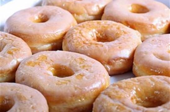 Ντόνατς με γλάσο, από τον Δημήτρη Σκαρμούτσο και το dimitrisskarmoutsos.gr!