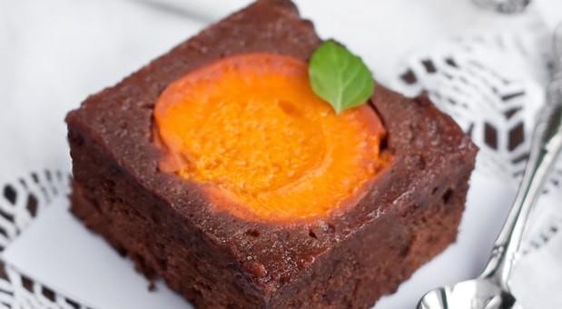 Brownie σοκολάτας με βερίκοκα, από την Μυρσίνη Λαμπράκη και το mirsini.gr!