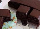 Πανεύκολο υγρό σοκολατένιο κέικ με μπανάνα, από το sintayes.gr!