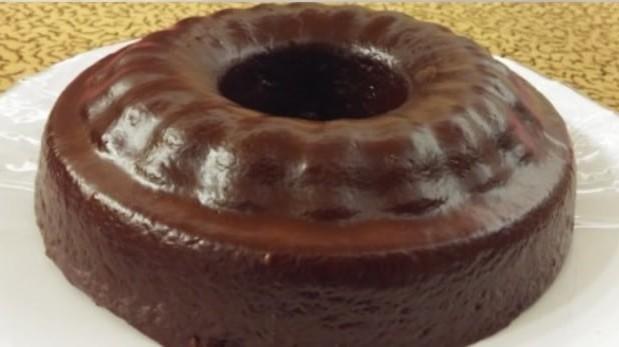 Νηστίσιμο σοκολατένιο κέικ με γλάσο, από το ola-nistisima.gr!