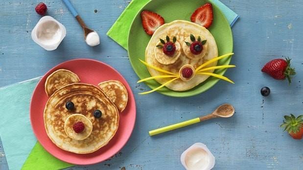 Pancakes χωρίς ζάχαρη – μόνο ΜΕ 3 ΥΛΙΚΑ – ιδανικό πρωινό για παιδιά, από το omorfamustika.gr!