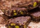 Μπάρες Δημητριακών με Σοκολάτα – Chocolate Granola Bars, by Evi and thehealthycook.gr!