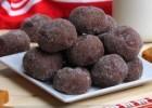 Μαλακά σοκολατένια μπισκοτάκια με γέμιση καραμέλας (video), από το sintayes.gr!