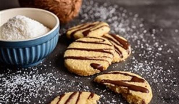 Τραγανά μπισκότα καρύδας, από τον Δημήτρη Σκαρμούτσο και το dimitrisskarmoutsos.gr!