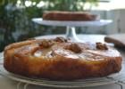 Ανάποδο κέικ με μήλα και κυδώνια, από την Ιωάννα Σταμούλου και το sweetly!