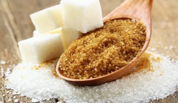 «'Eχει τελικά διαφορά η άσπρη  από την καστανή ζάχαρη;»,  από την Σοφία Φατέ και το diatrofikiagogi.gr!