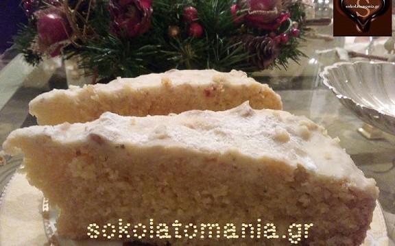 Πανεύκολη, υπέροχη Βασιλόπιτα-κέικ με γλάσο λευκής κουβερτούρας NESTLE DESSERT, από το sokolatomania.gr!