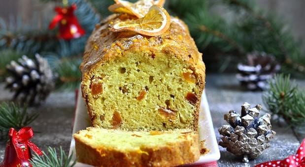 Χριστουγεννιάτικο κέικ με αποξηραμένα βερίκοκα και πορτοκάλι, από την Μυρσίνη Λαμπράκη και το mirsini.gr!