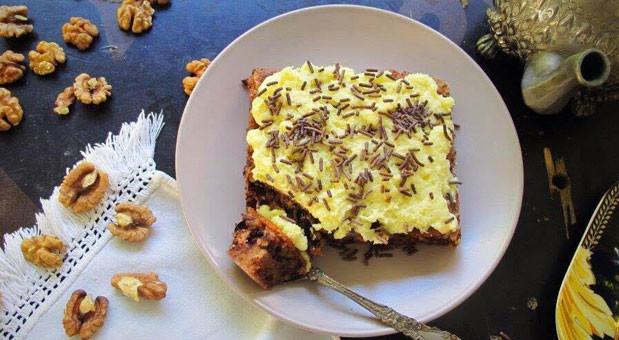 Καρυδόπιτα με κρέμα στιγμής βανίλια και τρούφα σοκολάτας, από την Μυρσίνη Λαμπράκη και το mirsini.gr!
