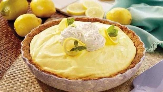 Πανεύκολη τάρτα λεμονιού με γιαούρτι χωρίς ψήσιμο, από το sintayes.gr!