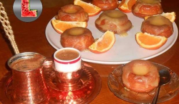 Κεκάκια πορτοκαλιού με γλάσο πορτοκάλι, από την Ελευθερία Μπούτζα και το «Μαγειρεύοντας με την L»!