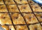 Μπακλαβάς νηστίσιμος με καρύδια, από το sintayes.gr!
