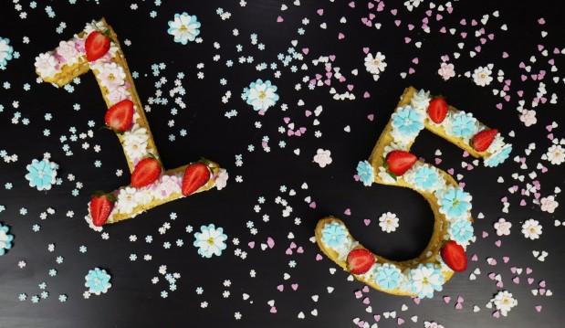 Εύκολη τούρτα με αριθμούς για πάρτι γενεθλίων (VIDEO), από τους Χάρη και Μιχάλη Καρελάνη και το redmoon-foodaholics.gr!