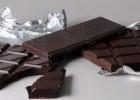 «Η σκούρα σοκολάτα μειώνει το στρες και τη φλεγμονή», γράφει ο Παθολόγος Ιωάννης Λ. Σφυρής-Παχυσαρκία- Ωτοβελονισμός!
