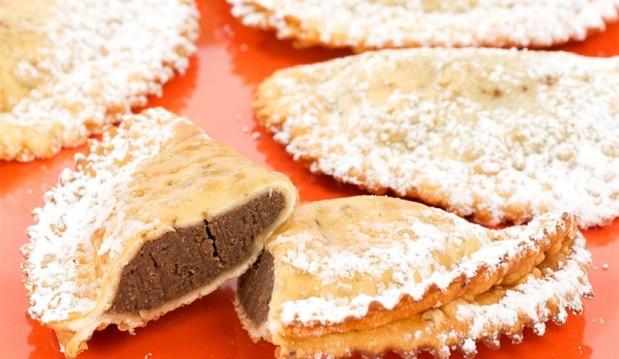 Ραβιόλια με σοκολάτα και τυρί κρέμα, από τοv Βαλάντη Γραβάνη και το ionsweets.gr!
