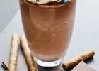 Παγωμένο κακάο με σαντιγί, από το ionsweets.gr!