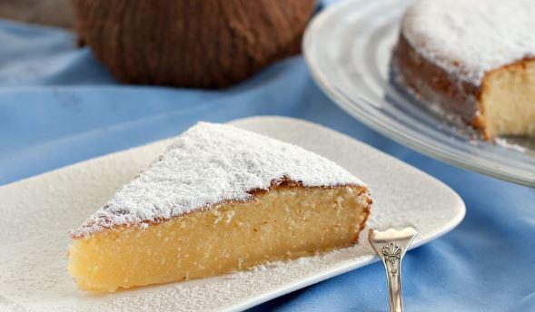 Κέικ καρύδας με ζαχαρούχο γάλα για αρχάριους, από το sintayes.gr!