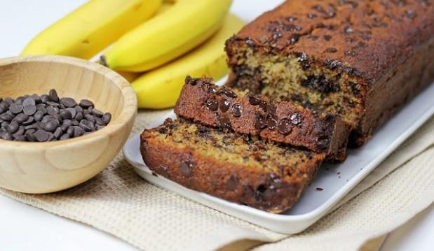 Κέικ Μπανάνα με Σοκολάτα, από τον Αλέξη Επιθυμιάδη και το alwayshungry.gr!