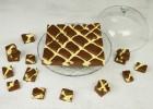 Κέικ σοκολάτας με κρέμα cheesecake (VIDEO), από τους Χάρη και Μιχάλη Καρελάνη και το Redmoon-foodaholics.gr!