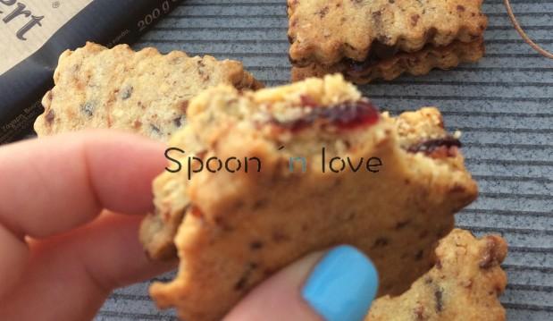 Μπισκότα βουτύρου με ξηρούς καρπούς και σοκολάτα Nestle, από την Νάντια Μαρκοπούλου και το spoonlive.gr!