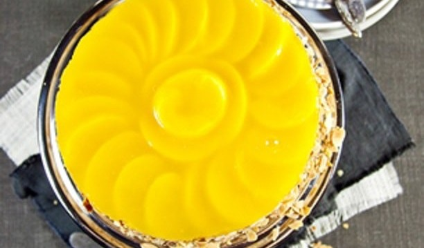 Τάρτα ροδάκινο με κρέμα τυριού, από το zografosdiet.gr!