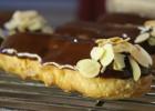Πεντανόστιμα Εκλέρ (Τα διάσημα Γαλλικά Εκλέρ)-VIDEO – Vanilla Eclairs Recipe by Dimitris Mihailidis and the pastry designs!