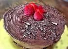 Σοκολατένιο κέικ με κακάο ΙΟΝ, από την Αριάδνη Πούλιου και το ionsweets.gr!
