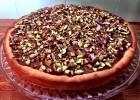 Τάρτα σοκολάτας με κουβερτούρα ΙΟΝ, φυστίκια Αιγίνης, ζάχαρη και κανέλα, από την Αριάδνη Πούλιου και το ionsweets.gr!