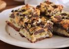Μπισκοτένιες μπάρες με καρύδα, ξηρούς καρπούς και σοκολάτα, από την Ερμιόνη Τυλιπάκη και το «The one with all the tastes»!