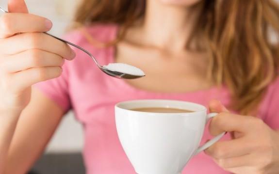 «Είναι η ζάχαρη καλύτερη από άλλα γλυκαντικά;», από την Βίκυ Χριστοπούλου και το olivemagazine.gr!