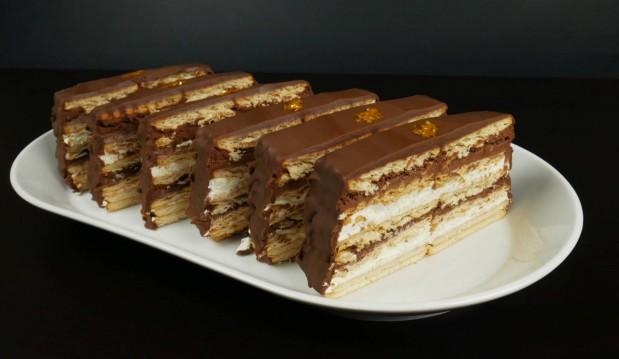 Πάστες βανίλια-σοκολάτα χωρίς προσθήκη ζάχαρης(Video), από τους Χάρη και Μιχάλη Καρελάνη και το redmoon-foodaholics.gr!