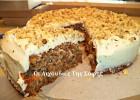 Υπέροχο,  πεντανόστιμο και μαλακό κέικ καρότου από την Σόφη Τσιώπου!