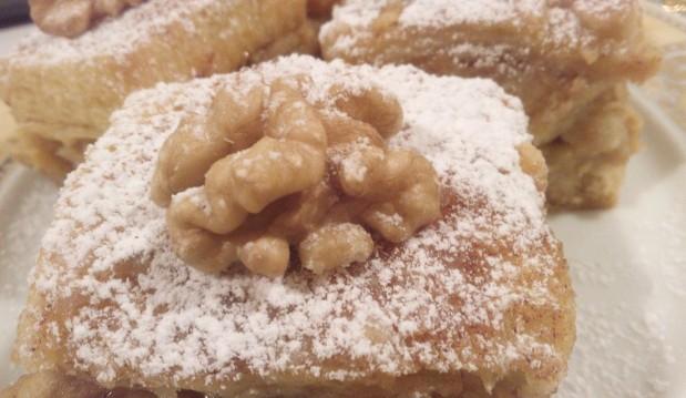 Εύκολη μηλόπιτα με ψωμί του τοστ, από το sokolatomania.gr!