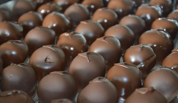 Σοκολατάκια με κουβερτούρα SISINNI από την RITO'S FOOD και το sokolatomania.gr!