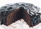 Κέικ σοκολάτας και κανέλας με σοκολατένιο γλάσο, από το sintayes.gr!