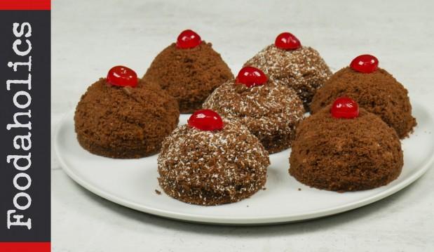 Πάστες σοκολάτας και βανίλιας (VIDEO), από τους Χάρη και Μιχάλη Καρελάνη και το redmoon-foodaholics.gr!