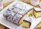 Πανεύκολο κέϊκ Lamington με επικάλυψη σοκολάτας- ινδοκάρυδου, από το sintayes.gr!