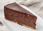 Σοκολατένιο cheesecake  με ζαχαρούχο γάλα, από το icookgreek.com!