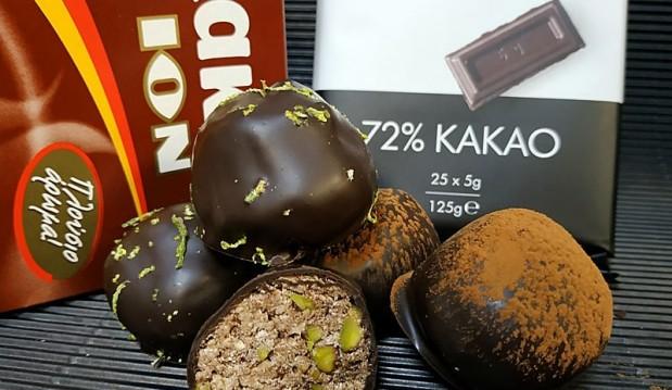 Νηστίσιμα σοκολατάκια με χαλβά από ταχίνι, κακάο και κουβερτούρα ΙΟΝ με 72% κακάο, από τον ΜΙχάλη Σαράβα και το ionsweets.gr!