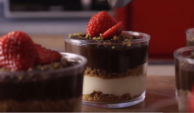 Νηστίσιμο Γλυκάκι Βανίλια-Σοκολάτα -Vegan Chocolate Vanilla Pudding(Video), από τον Δημήτρη Μιχαηλίδη και το pastry designs!